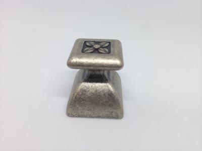 Ручка кнопка, отделка серебро античное 24124Z02700.25B