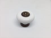 9572/902 Ручка кнопка бронза состаренная + керамик